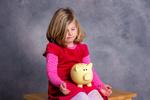 Skąd wziąć pieniądze na wychowanie dziecka?