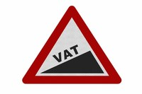 Zwolnienie podmiotowe z VAT: w 2013 r. 150 tys. zł?