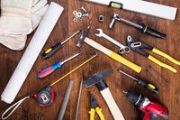 Odwrotne obciążenie na usługi budowlane: odliczenie VAT naliczonego
