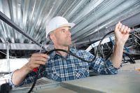 Odwrotnym obciążeniem objęta usługa budowlana i materiały budowlane