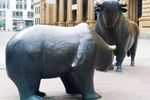 Rynek akcji a osłabienie waluty