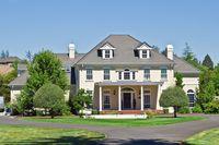 Nie brakuje chętnych na luksusowe domy