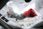 Zimą ważne są nie tylko opony. Sprawdź o co jeszcze zadbać