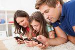 Smartfony zacieśniają więzy rodzinne
