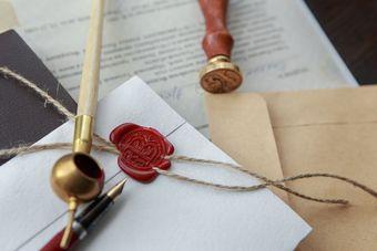Śmierć dłużnika: wierzyciel może pozwać spadkobierców