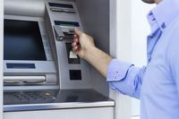 Wypłata z bankomatu do lamusa?