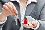 Ile dni trwała sprzedaż mieszkania w III 2013 r.?