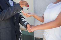 Jak wyliczyć koszty przy sprzedaży mieszkania