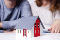 Z jaką datą dla PIT małżonek nabywa dom do majątku wspólnego?
