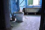 Co 5 mieszkanie bez ogrzewania, co 10 bez łazienki