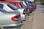 Opłaty za parkowanie samochodów na drodze w soboty są nielegalne!