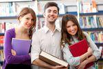 Jakie kierunki studiów wybierają Polacy?