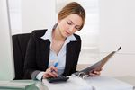 Jak wyliczyć rezerwy na świadczenia pracownicze?