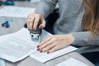 Jak zredagować świadectwo pracy?