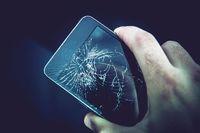 Uszkodzony smartfon