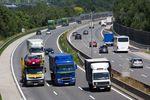 Dalekobieżny towarowy transport drogowy  – początek końca?