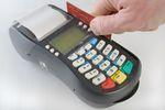 Jak przebiega płatność kartą?