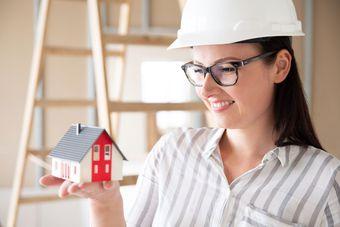 Czy warto ubezpieczyć dom w budowie?