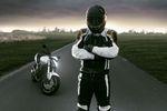 Zadbaj o bezpieczeństwo jazdy na motorze
