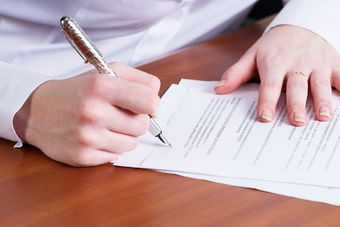 Umowa zlecenia i o dzieło a stosunek pracy