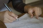 Umowa zlecenie i o dzieło z obowiązkowymi składkami społecznymi?