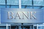 SK Bank upada. Co to oznacza dla klientów?