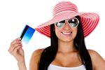 Bankowe programy rabatowe kuszą przed wakacjami