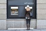 Usługi bankowe droższe o nawet 80%