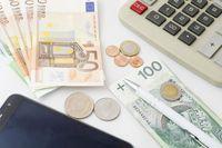 Kurs walut w podatku dochodowym przy robotach budowlanych