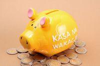 Jak zadbać o finanse na wakacjach?
