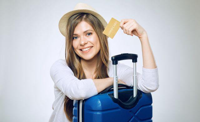 Wakacje 2018 z kartą kredytową w walizce