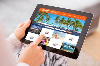 Rezerwujesz wakacje online? Na to musisz uważać [© Kaspars Grinvalds - Fotolia.com]