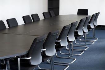 Walne zgromadzenie akcjonariuszy po przerwie musi być zwołane w ciągu 30 dni