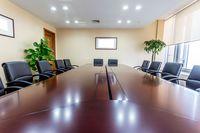 W jakiej formie akcjonariusz może występować na walnym zgromadzeniu?