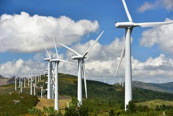 Elektrownie wiatrowe: mamy najbardziej restrykcyjne prawo w Europie?
