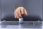 Jak chronić wizerunek i portfel w Internecie?