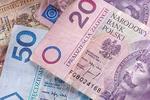 Finanse Polaków: życie od wypłaty do wypłaty