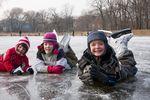 Czy ubezpieczenie szkolne wystarczy na ferie zimowe?