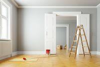 Jak wykończyć mieszkanie nie wykańczając siebie?