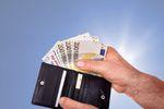 Wymiana walut: jak Polacy płacą za granicą?