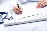 Dwie umowy o pracę a podstawa wymiaru zasiłku chorobowego