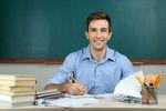 Wynagrodzenia w nauce i szkolnictwie w 2013 roku