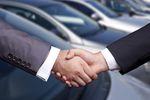 Wynajem długoterminowy samochodów: plusy i minusy według MŚP