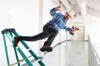 Za 6 na 10 wypadków przy pracy odpowiada niewłaściwe zachowanie pracownika