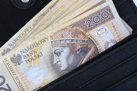 2 miliony Polaków bez wynagrodzenia