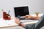 Życie w kwarantannie: pora na e-commerce i usługi online