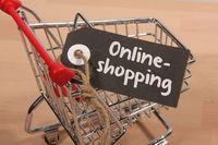 Polacy zdradzają, jak robią zakupy online