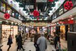 Centra handlowe zalewają tłumy kupujących