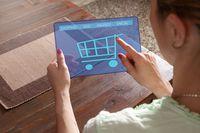 Rzesza internautów dokonujących zakupów w sieci wzrasta nieustająco