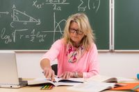 Ile zarabia nauczyciel w Polsce? A ile w innych krajach?